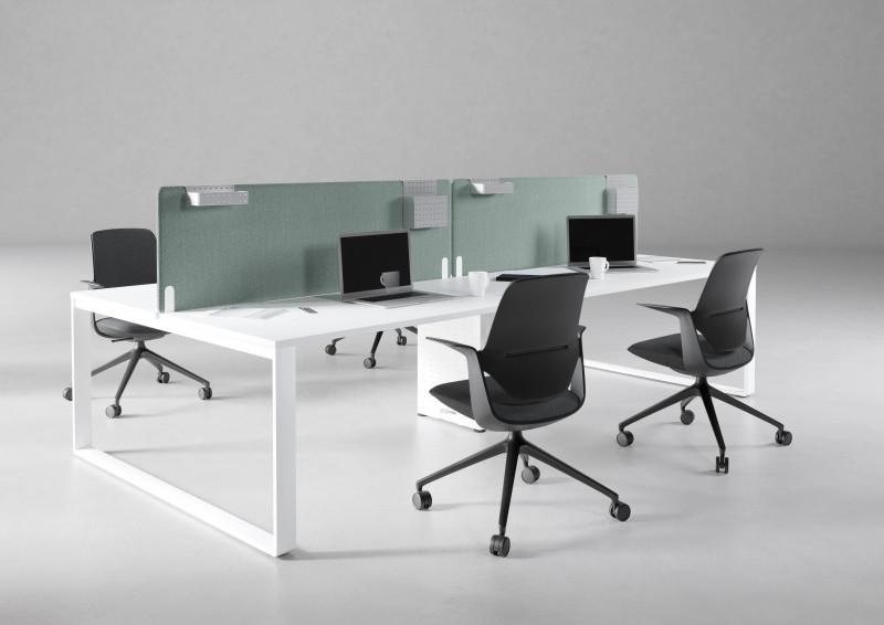biurka pracownicze